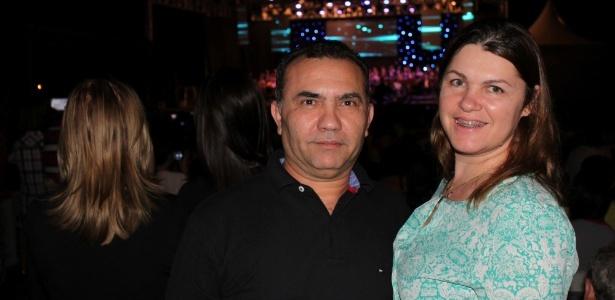 Tania Barteli ao lado do marido, Clovis Cardoso, presidente do PMDB em Cuiabá