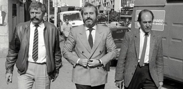 O juiz Giovanni Falcone (centro) morreu em 23 de maio de 1992 num atentado da máfia Cosa Nostra