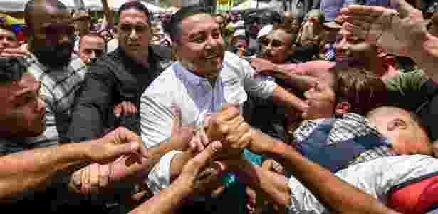 Pastor evangélico venezuelano Javier Bertucci durante campanha presidencial - Luis Robayo/AFP
