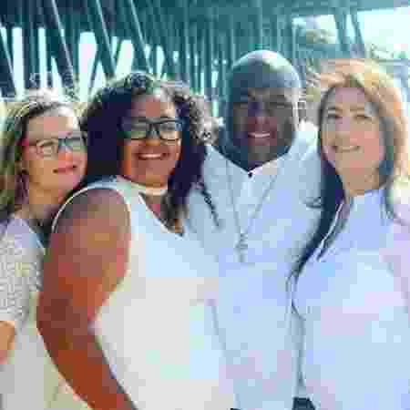 Jermaine Roquemore e suas três mulheres (da esquerda para a direita):  Angelica, Leighanne and Maria - Reprodução/Instagram/ourpolyfam