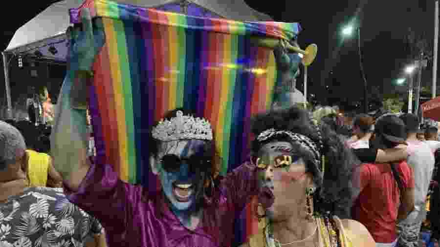 Festa da Chiquita, o baile de gays e trans no meio da maior procissão do Brasil - Felipe Pereira
