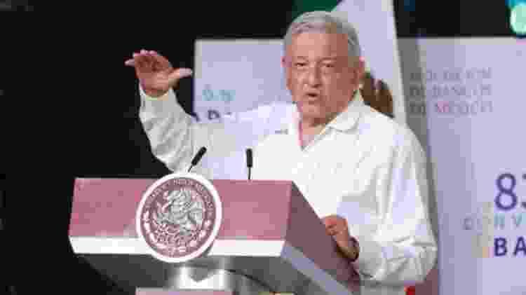 Presidente do México Andrés Manuel López Obrador disse que situação em seu país não justifica restrição de voos ou outras medidas importantes - EPA - EPA