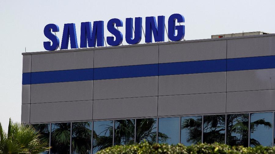 Logo da Samsung em fábrica da empresa - JORGE DUENES