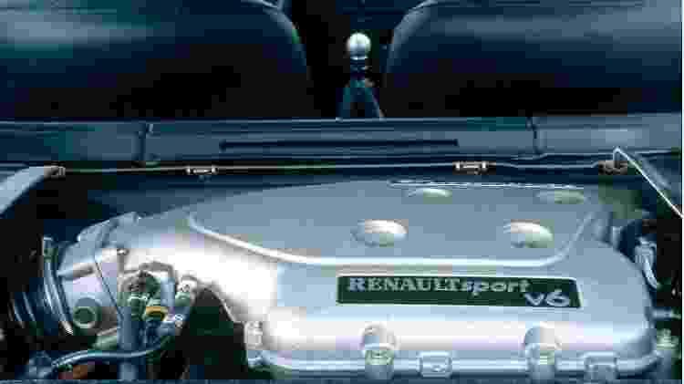 Clio V6 motor - Divulgação  - Divulgação