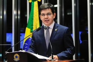 Randolfe Rodrigues pede ao Supremo que suspenda CPMI da JBS (Foto: Jonas Pereira/Agência Senado)