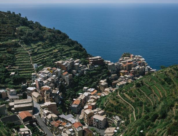 Manarola, uma das cinco aldeias que compõem o famoso Cinque Terre, na Itália