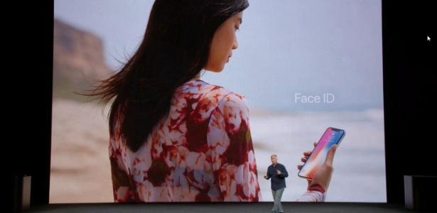 Apple diz que Face ID será simples como olhar para o celular, mas não foi bem assim