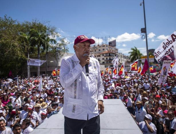 Candidato da esquerda, López Obrador lidera as pesquisas de intenção de voto, na terceira vez que tenta a presidência do México - Pedro Pardo/AFP