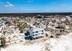 Em meio às ruínas do furacão Michael, uma casa permaneceu firme e intacta (Foto: Johnny Milano/The New York Times)