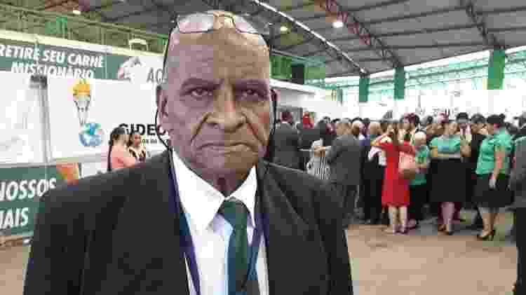José Maria Humberto Rodrigo, 67, durante congresso evangélico - Vinicius Konchinski/UOL