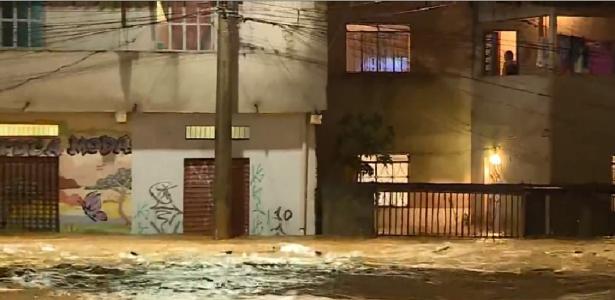 Mau tempo | Sobe para 35 o número de pessoas mortas por chuvas em Minas Gerais
