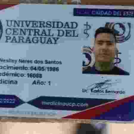 Carterinha de estudante de medicina de Weslley Neres dos Santos, 34, o Bebezão, do PCC - Divulgação - Divulgação