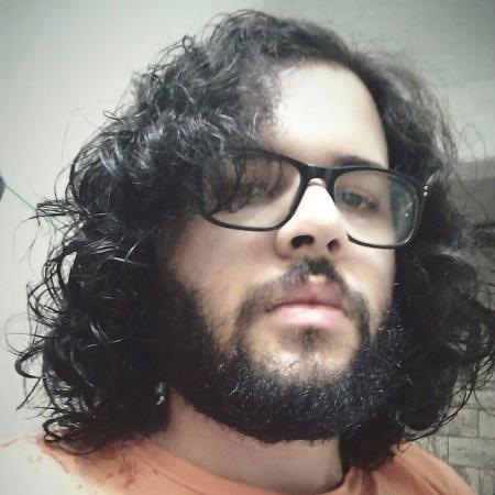 Matheus dos Santos da Silva, de 21 anos, foi denunciado por feminícidio triplamente qualificado - Reprodução/Facebook