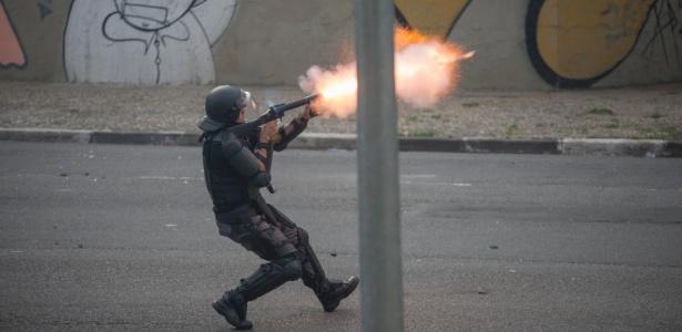 Segundo a ONU, a polícia brasileira matou 2.000 pessoas em 2015 - Gustavo Gerchmann/Raw Image/Estadão Conteúdo