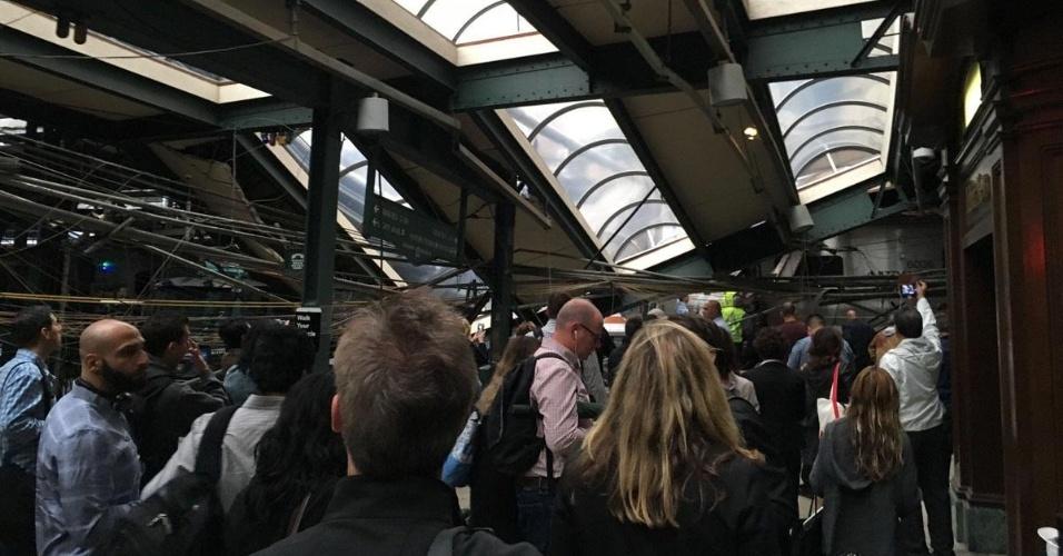 29.set.2016 - Acidente de trem na estação Hoboken, em Nova Jersey, EUA