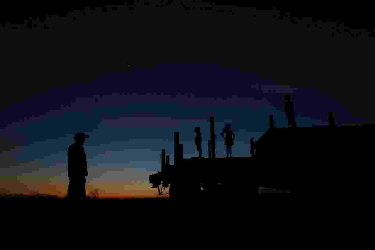 Em 10 anos, obra da Transnordestina já consumiu mais de R$ 6 bilhões e ferrovia passou de símbolo da promessa de um Nordeste e de um Brasil que não parariam de crescer para retratos de abandono. Clique nas imagens acima para ver os trechos que estão prontos, mas não operam, e canteiros de obra deixados para trás por falta de dinheiro - Ueslei Marcelino/Reuters