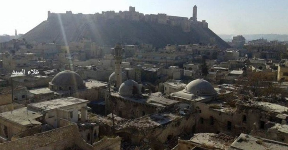 Fotografia tirada por Al Sayyed nos últimos dias revela sérios danos à parte antiga da cidade