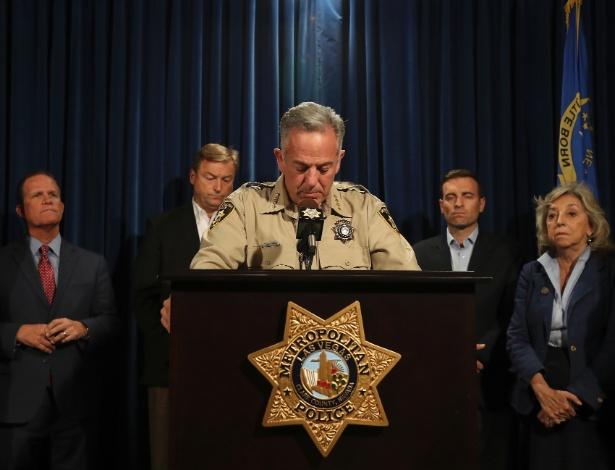 O xerife de Las Vegas, Joseph Lombardo, fala com a imprensa após o ataque em festival de musica country