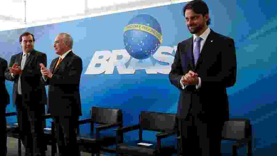 Alexandre Baldy (dir.) foi ministro das Cidades no governo Temer - Alan Santos/PR