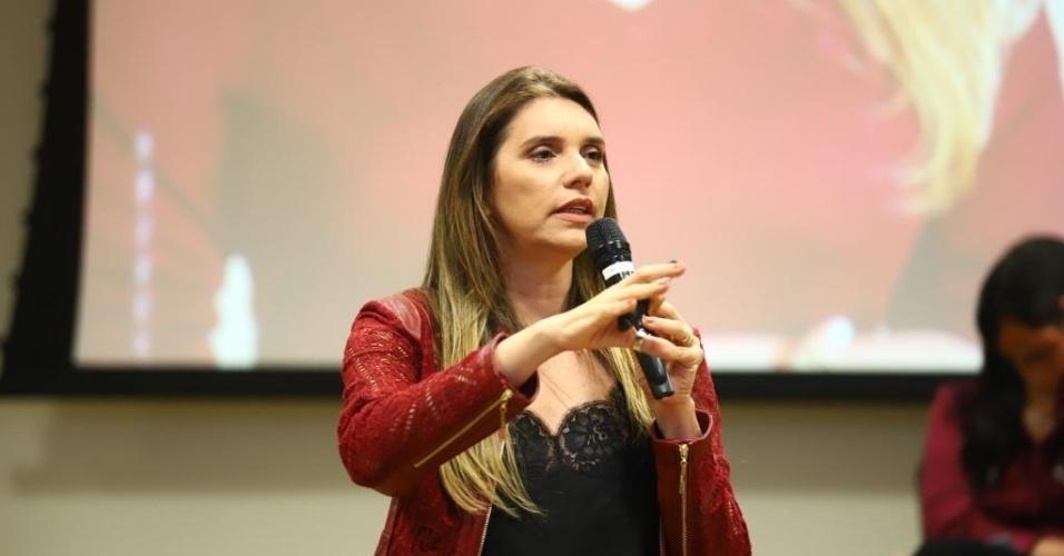 10.out.2018 - Os 53.707 votos de Jó Pereira (MDB), 45 anos, renderam a ela o título de candidata a deputada estadual mais votada em Alagoas