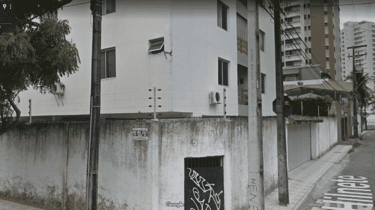 Imagem mostra detalhe dos fundos do prédio que desabou em Fortaleza - Google Street View