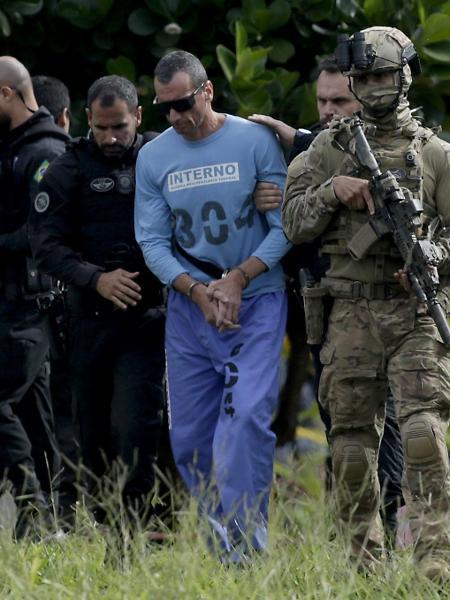 21.jan.2020 - Marco Willians Herbas Camacho, o Marcola, é levado de prisão em Brasília para fazer exames médicos - Lucio Tavora/Xinhua/Folhapress