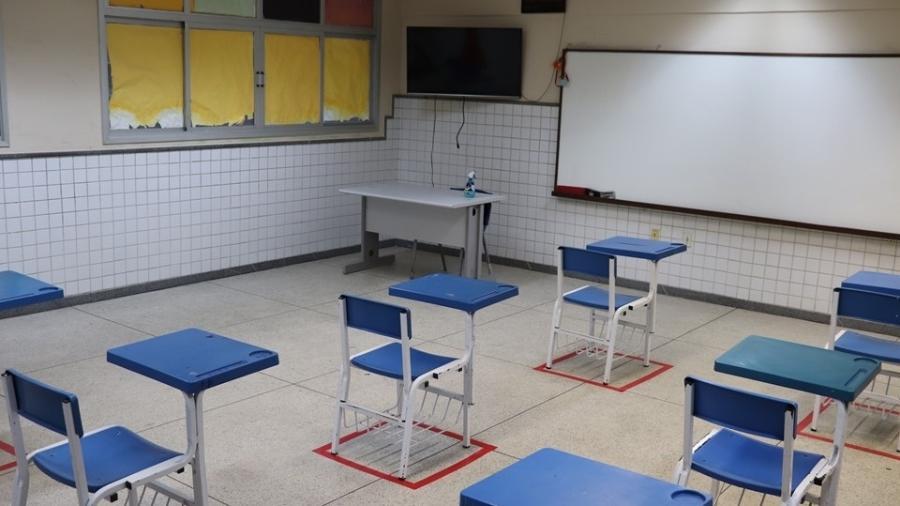 Sala de aula da rede estadual do Espírito Santo com marcações para impor o distanciamento entre os alunos - Divulgação