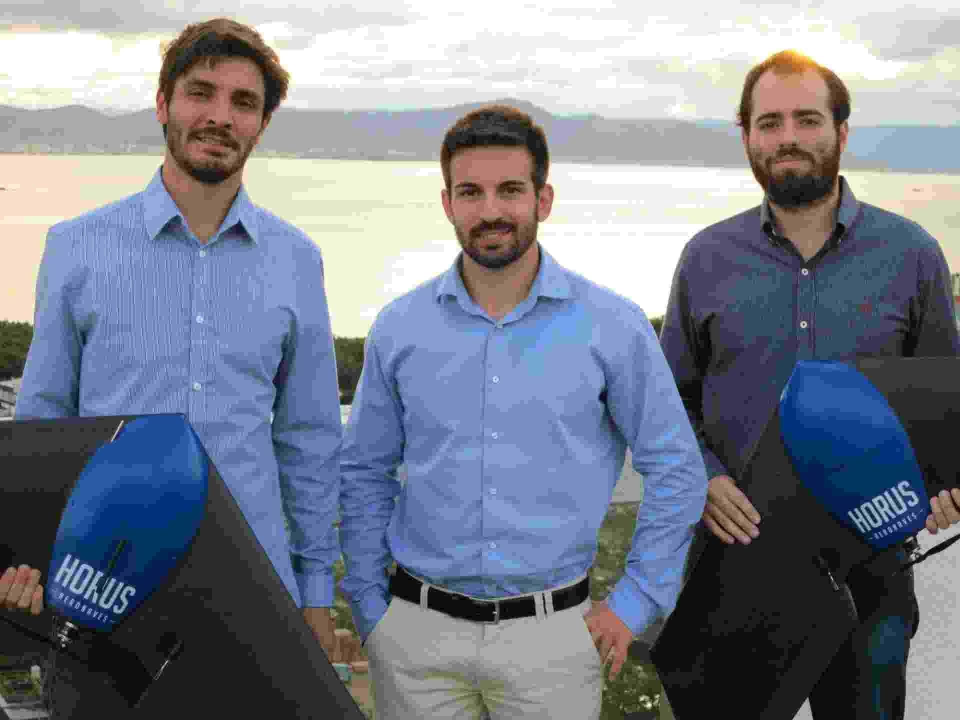 Sócios da Horus Aeronaves: da esquerda para direita, Lucas Mondadori, Fabrício Hertz e Lucas Bastos - Divulgação