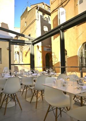 O restaurante Le Rendez-Vous, em Saint-Tropez, na França