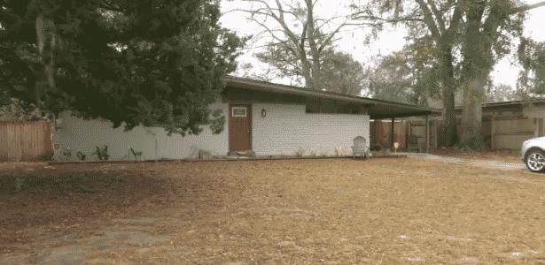 Casa onde ocorreu o caso, em Jacksonville, na Flórida (EUA) - WJXT News4Jax
