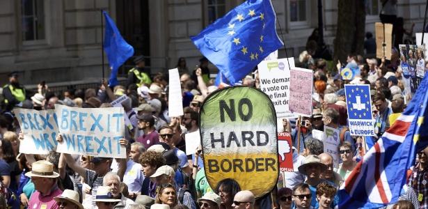 Manifestantes tomam ruas de Londres para pedir nova votação sobre Brexit - Niklas Halle/AFP