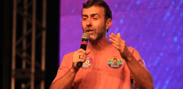 Marcelo Freixo participa de ato durante campanha eleitoral neste ano