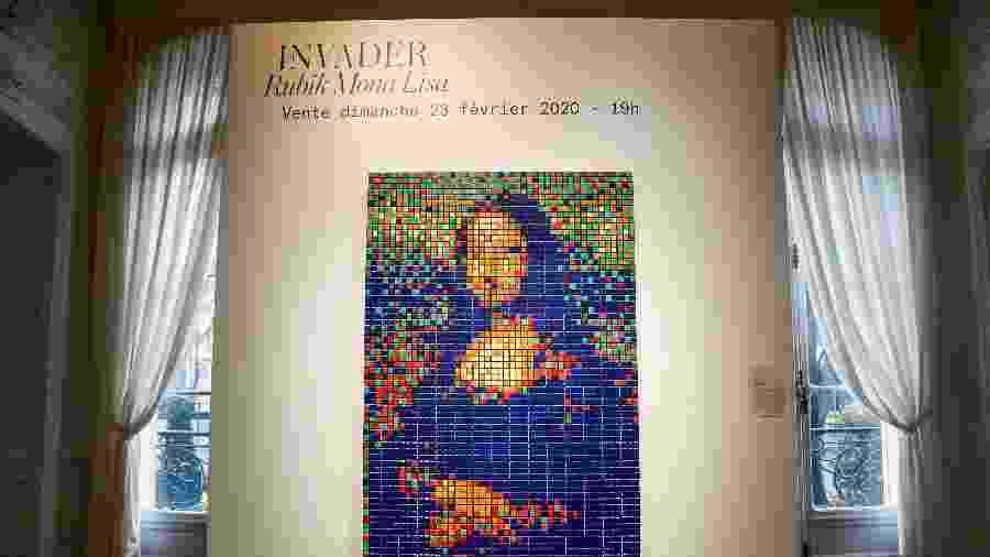 """A versão cubana de Rubik da arte de rua da """"Mona Lisa"""", intitulada """"Rubik Mona Lisa"""", feita em 2005 pelo artista francês Invader - Francois Guillot / AFP"""