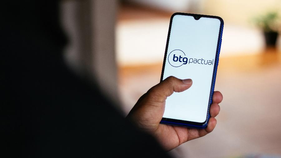 Logotipo banco de investimentos BTG Pactual; empresa fixou hoje o preço de sua oferta primária de units a 122,01 reais cada - Rafael Henrique/SOPA Images/LightRocket via Getty Images