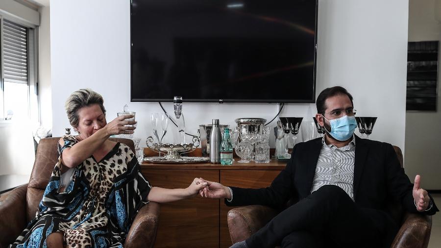 Joice Hasselmann e o marido, Daniel França, concedem entrevista coletiva - Gabriela Biló/Estadão Conteúdo