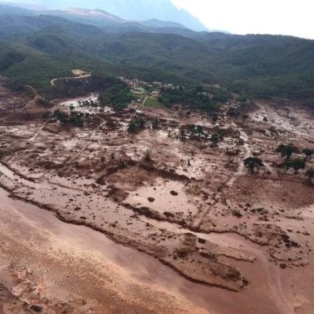 Barragens da mineradora Samarco em Mariana (MG) se romperam em 2015 - Corpo de Bombeiros de Minas Gerais