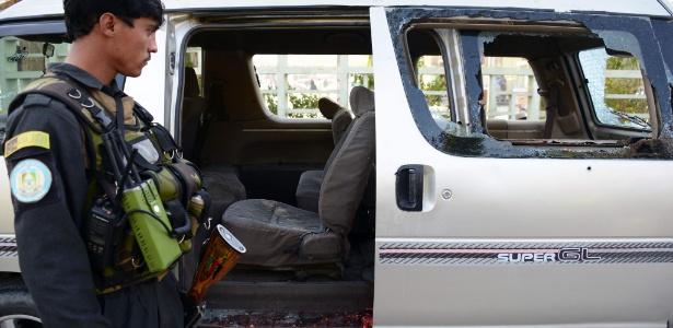 Carro onde estavam as funcionária, que já haviam recebido ameaças de morte de grupos que não aceitavam que elas tivessem um emprego