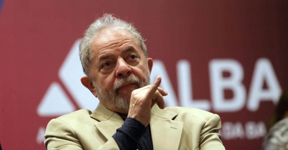 15.mar.2018 - O ex-presidente Luiz Inácio Lula da Silva (PT) participa, nesta quinta- feira, 15, do Encontro Internacional Parlamentar, evento ligado ao Fórum Social Mundial, que acontece na Alba (Assembleia Legislativa da Bahia), em Salvador