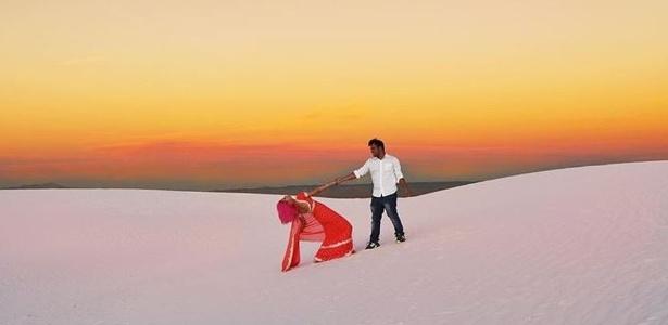 Casal de indianos estaria tirando selfie no momento de queda de penhasco