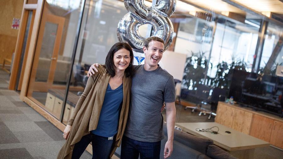 A diretora de operações do Facebook, Sheryl Sandberg, e o executivo-chefe, Mark Zuckerberg - Divulgação/Facebook Sheryl Sandberg