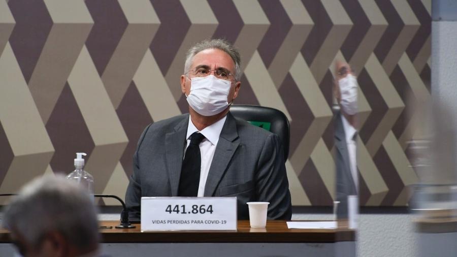 O senador Renan Calheiros (MDB-AL) admitiu que ainda não há provas para responsabilizar Bolsonaro criminalmente - Por Ricardo Brito e Maria Carolina Marcello