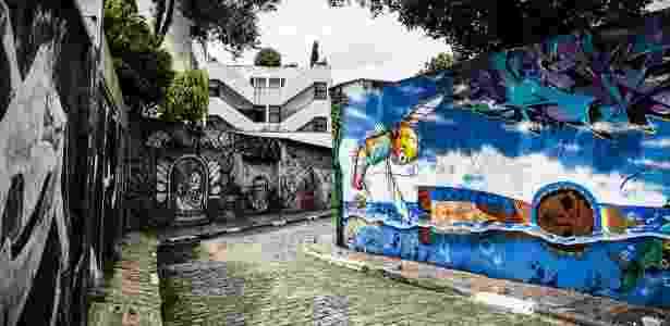 Grafites no Beco do Batman, na Vila Madalena, em São Paulo - Lucas Lima/UOL - Lucas Lima/UOL