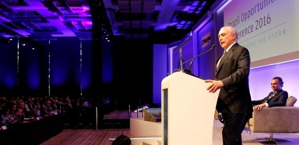 O presidente Michel Temer discursa durante evento nesta quinta-feira (1º) em São Paulo