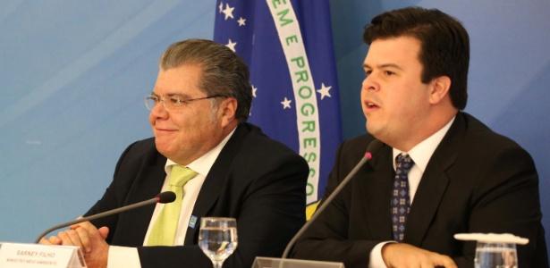 O ministro de Minas e Energia, Fernando Bezerra Coelho Filho (à dir.), e o ministro do Meio Ambiente, José Sarney Filho