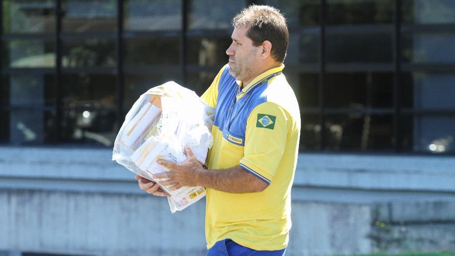 Gastos com assistência à saúde para funcionários dos Correios e seus familiares chegaram a R$ 2 bilhões em 2019 - Rodrigo Félix Leal/Futura Press/Estadão Conteúdo