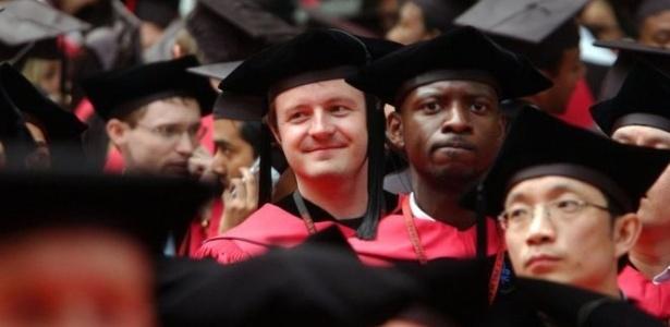 Harvard é considerada uma das melhores universidades do mundo e também é a mais endinheirada - Getty Images