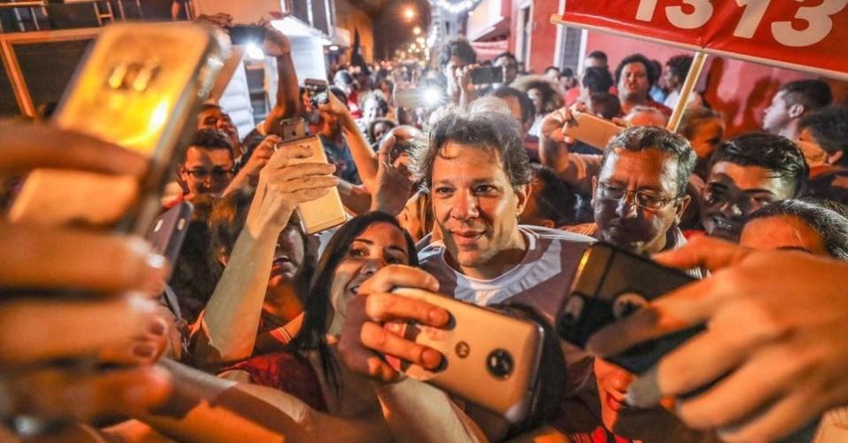 Fernando Haddad (PT), candidato a vice na chapa com Lula, chega a Maceió para campanha