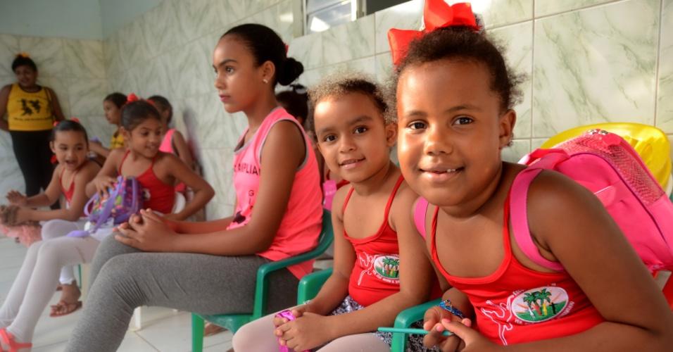 3.set.2018 - Crianças na escola municipal José Buarque da Silva, em Coruripe (AL)