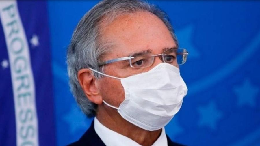 Paulo Guedes vive momento delicado no governo - AFP