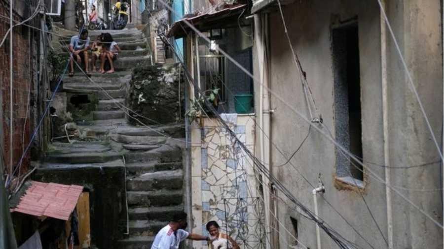 Mais pobres são os mais prejucados pela crise econômica, diz presidente da instituição - Reuters